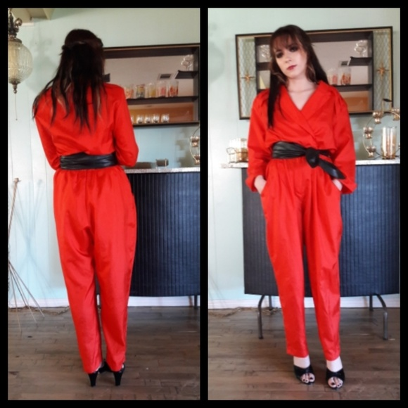 1f9afdf68a60 Awesome vintage 80 s red jumpsuit! M 5a7b40a08df470cd5f889d93